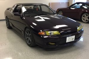 1991 Nissan Skyline GTS-T purple 02